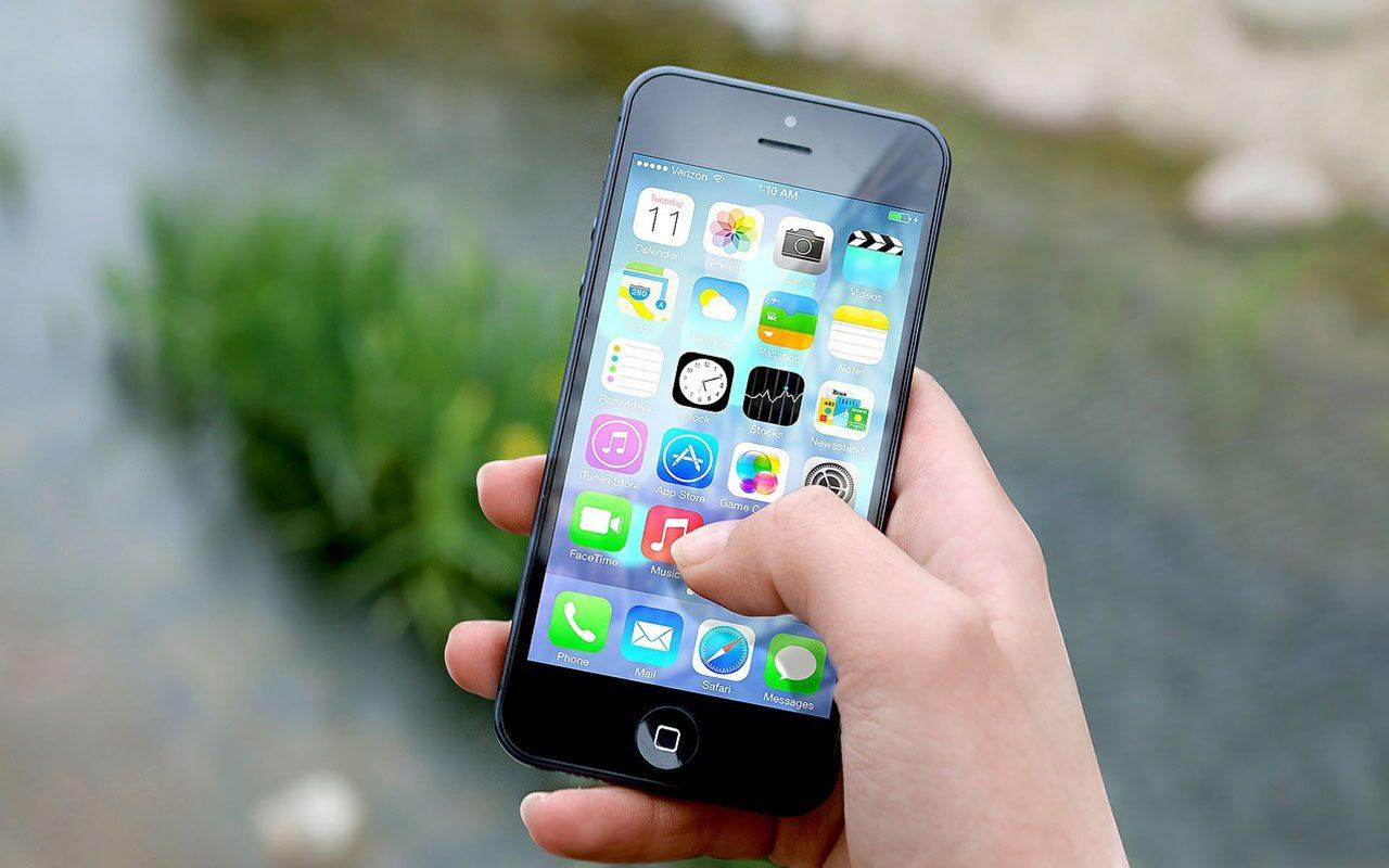 Apple insiste en que usuarios del iPhone 5 se actualicen o enfrenten las consecuencias