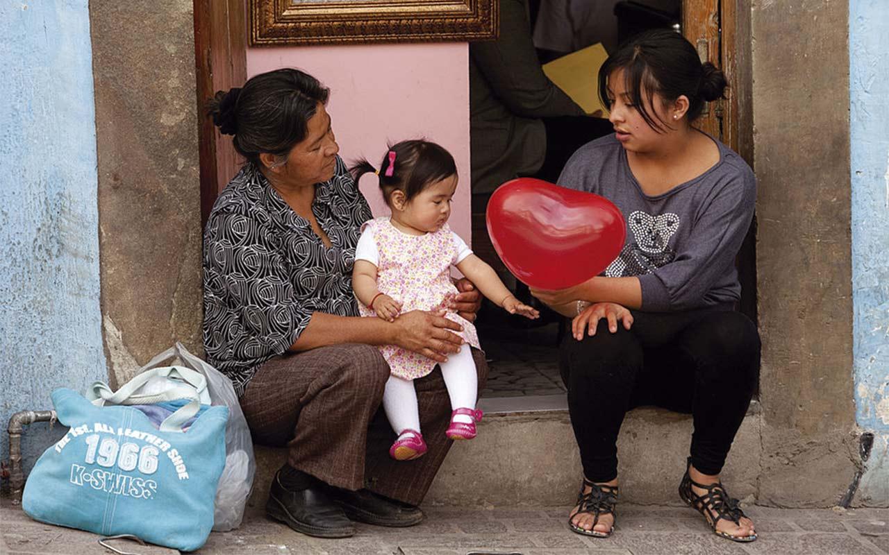 Hogares encabezados por mujeres proclives a caer en pobreza por desigualdad de género