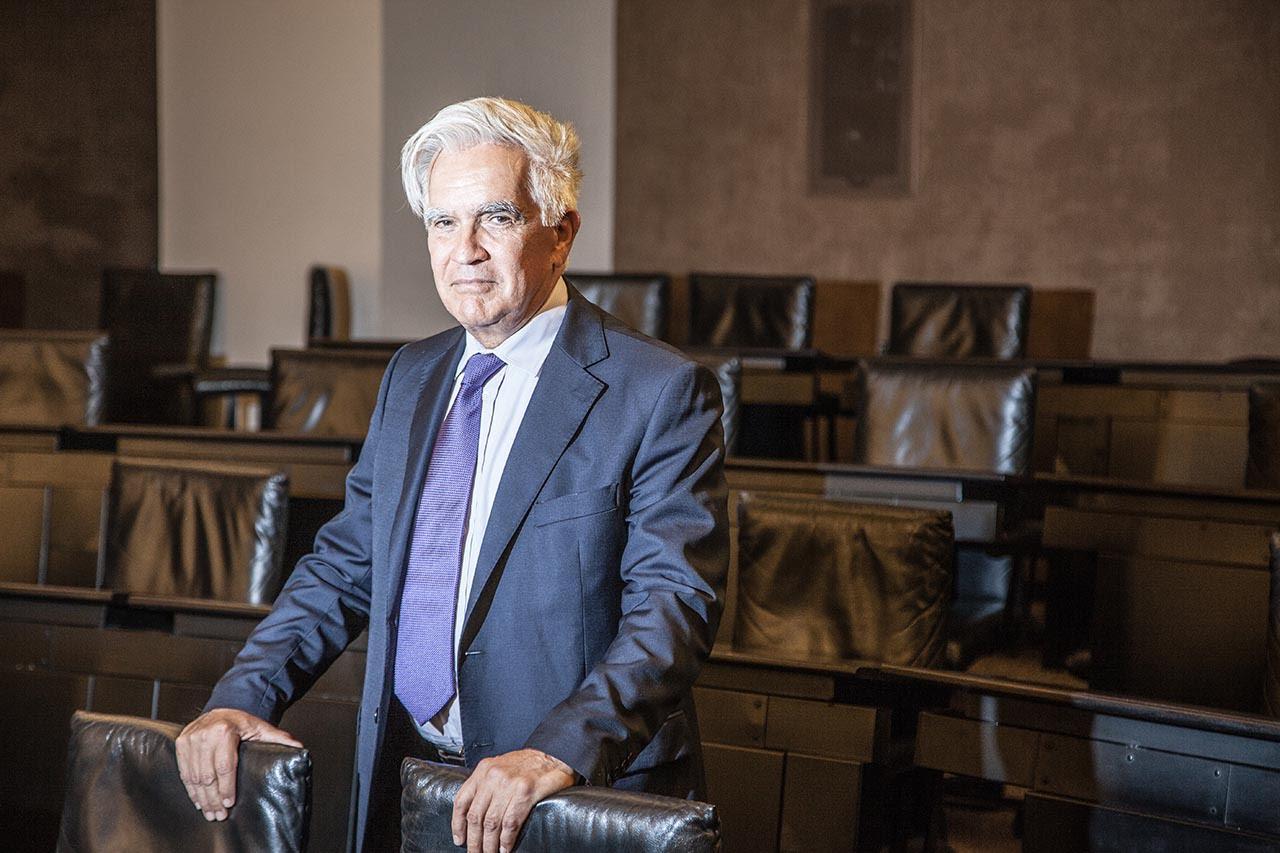 Familia de Rodrigo Medina, en la mira de la Fiscalía anticorrupción de NL