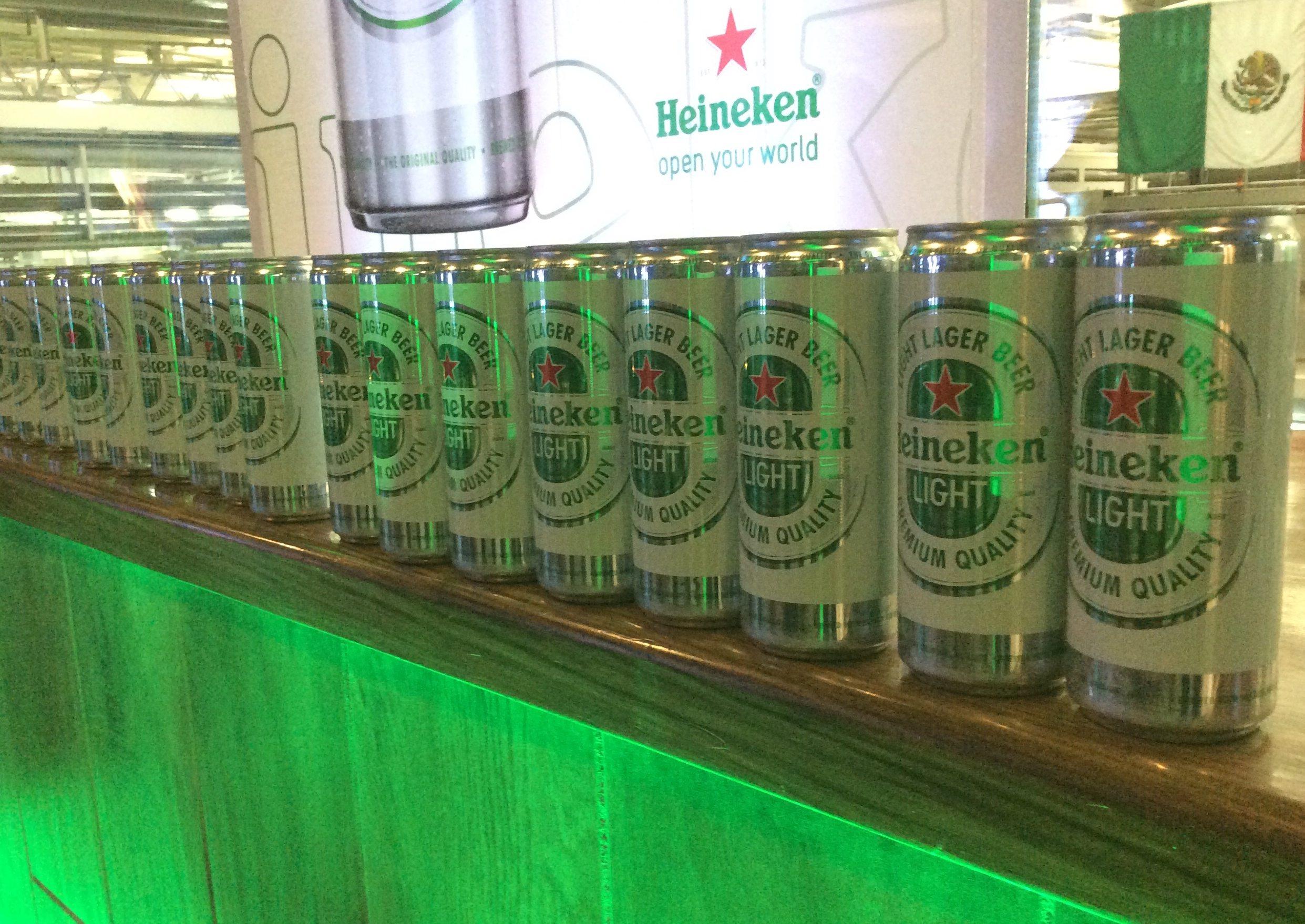 Heineken lanza cerveza para los mexicanos que no quieren engordar