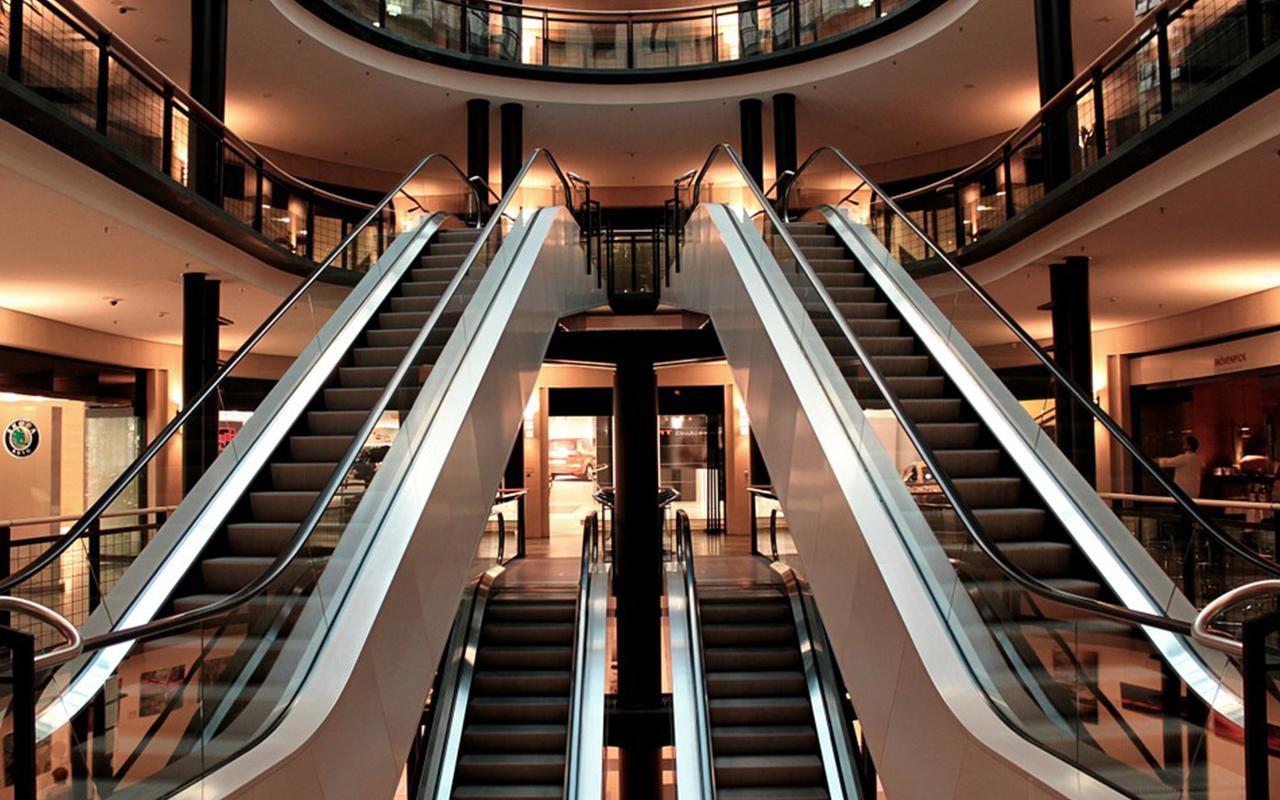 Estancia máxima de 1 hora y otras medidas para reapertura de centros comerciales en CDMX