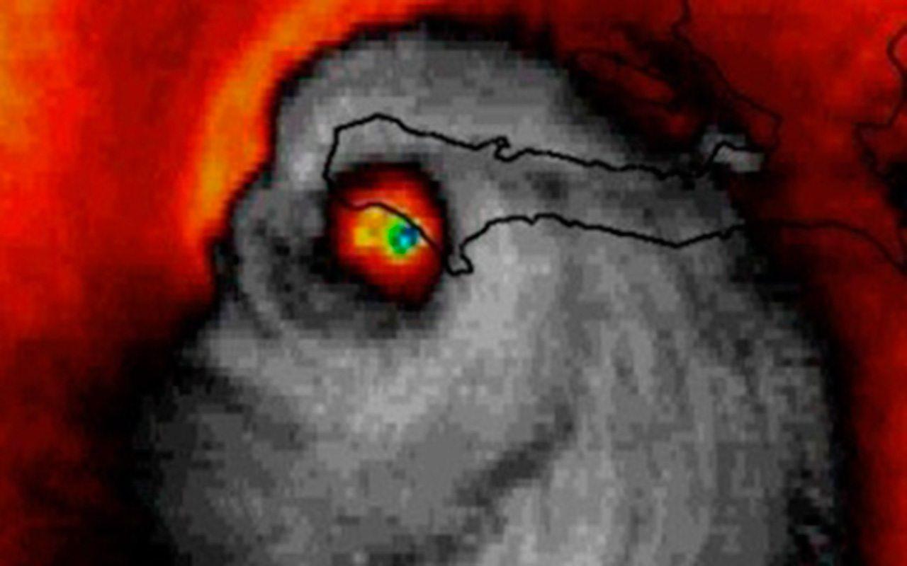 Mueren más de 800 personas en Haití por huracán Matthew