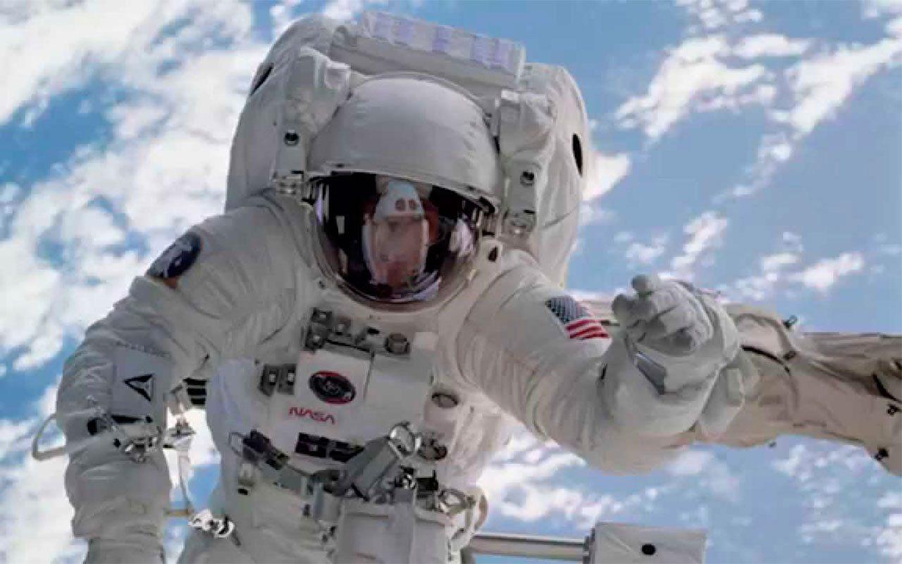 El médico latinoamericano que cuida los cerebros de los astronautas en la NASA
