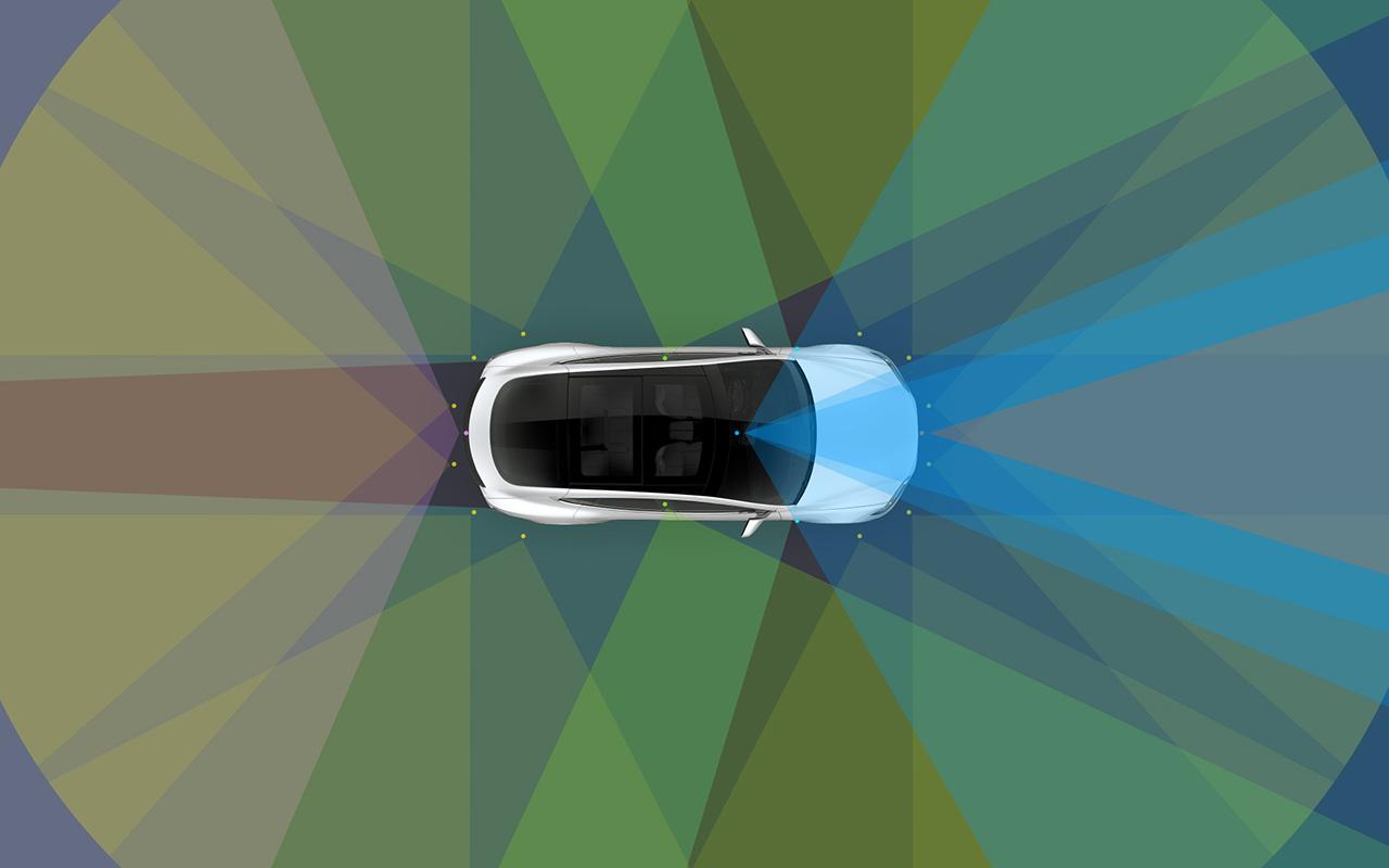 Tesla instalará equipos de conducción autónoma en todos sus vehículos
