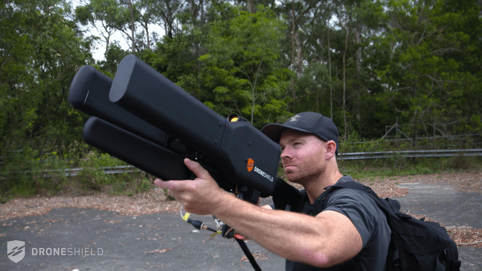 Así es el arma que captura drones a dos kilómetros de distancia
