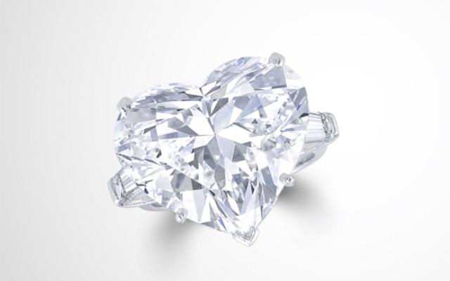 Flawless Heart Shape Diamond Ring de la joyería Graff.