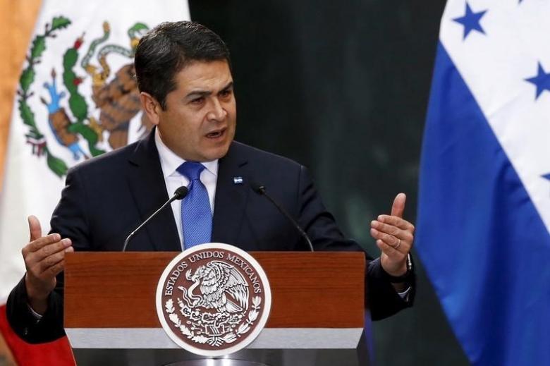 Honduras y Colombia fortalecen relaciones en la Cumbre de las Américas