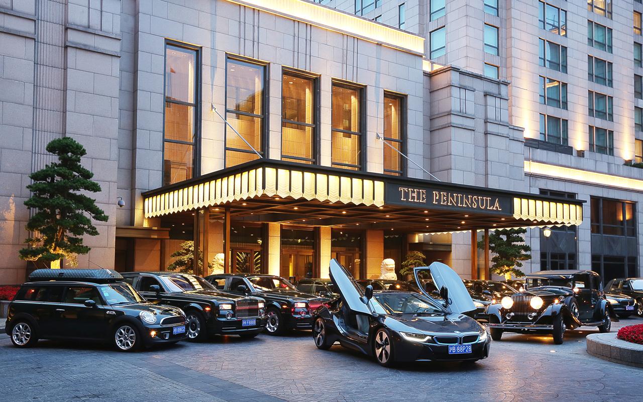 Estos hoteles tienen autos de lujo disponibles para sus for Hoteles rurales de lujo