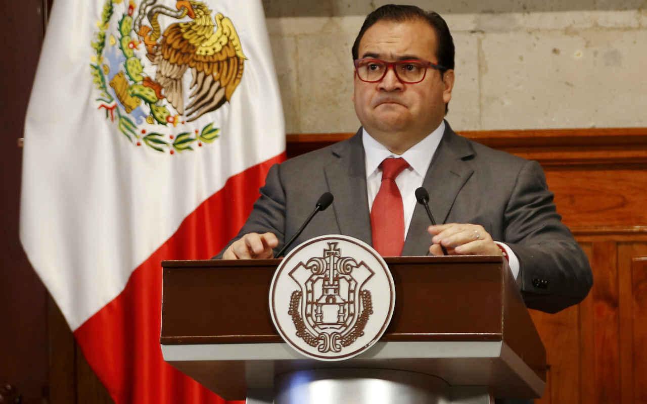 Juez admite a trámite amparo de Javier Duarte; puede ser detenido, precisa