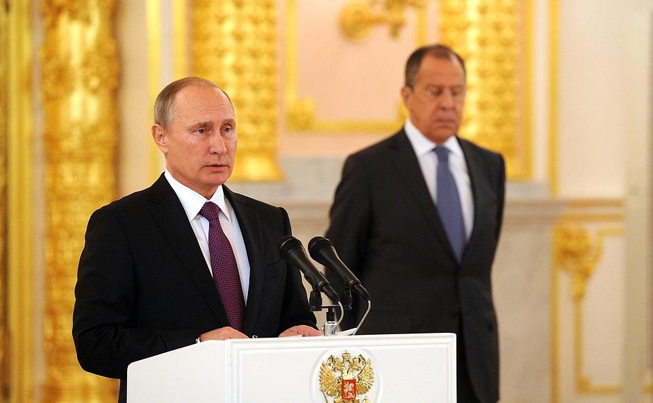 """No hay ninguna razón para decir que alguien liberó el virus a propósito"": Putin"