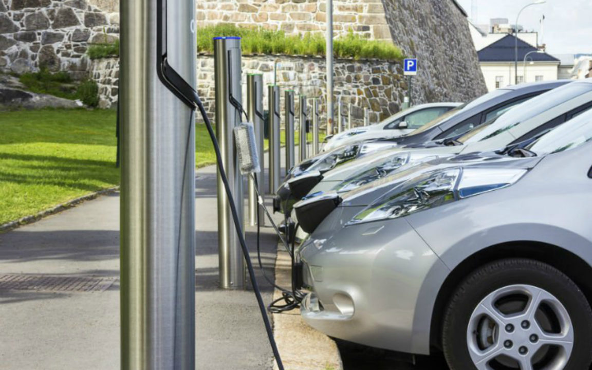 Japón dona 60 autos híbrido-eléctricos a Costa Rica
