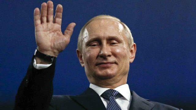 Vladimir Putin desfile militar popularidad