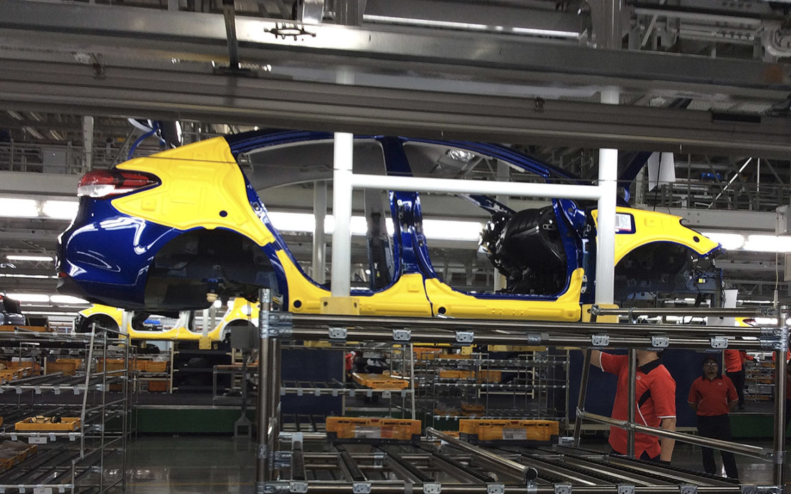 Kia arranca producción de nuevo Rio en México