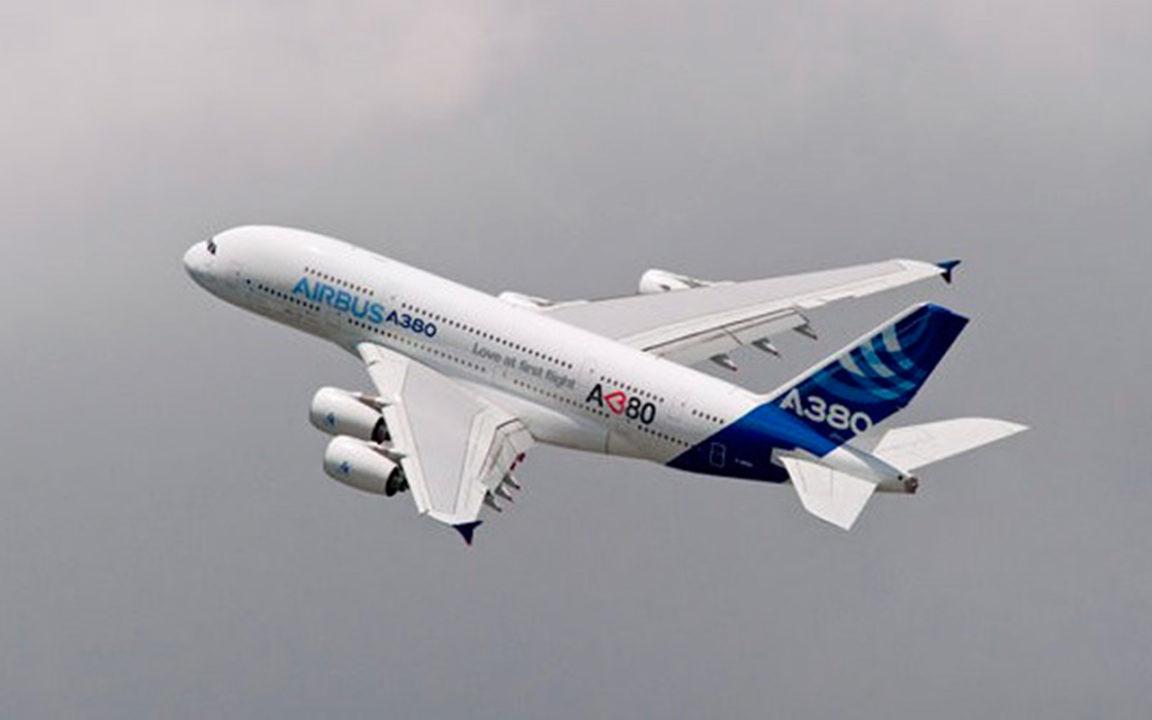 Airbus vende 20 aviones a Emirates por 16,000 mdd