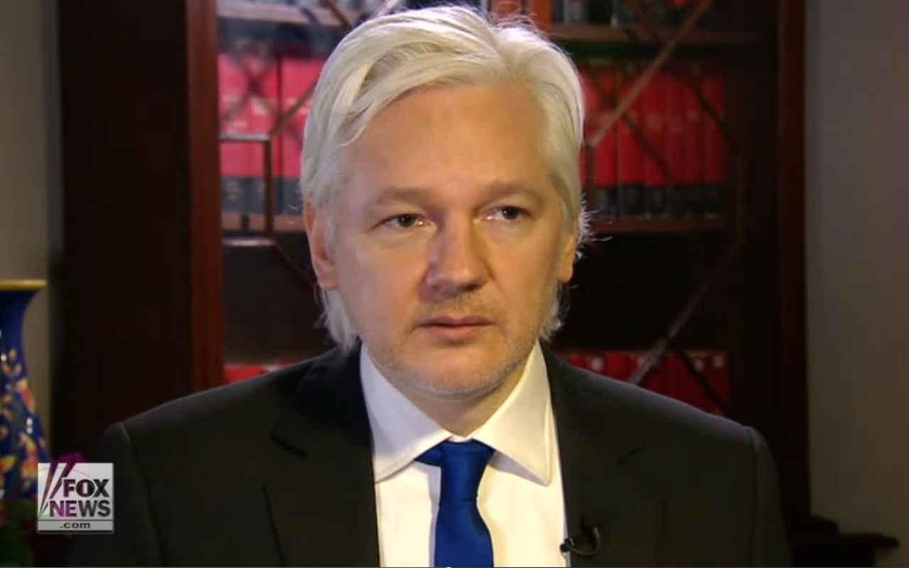 Assange niega que Rusia hackeó a EU: buscan deslegitimar a Trump