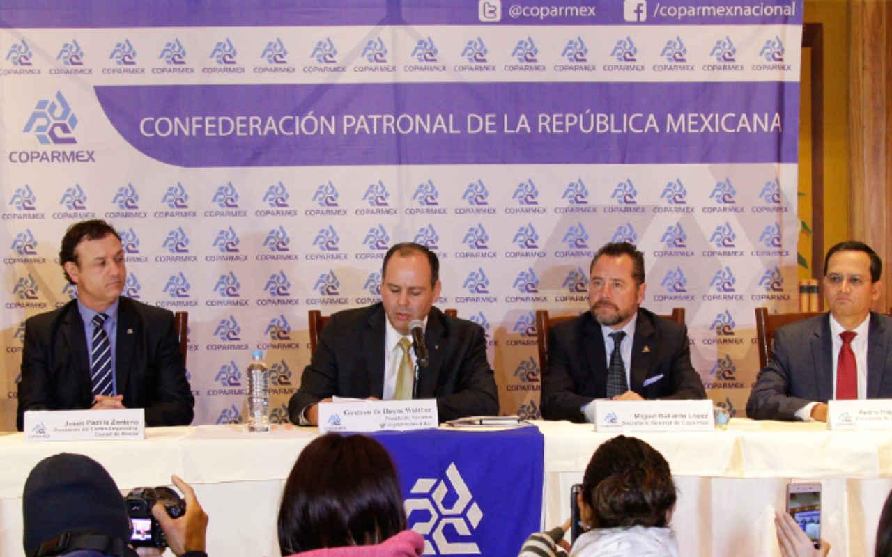 Coparmex se niega otra vez a firmar acuerdo económico de Peña Nieto