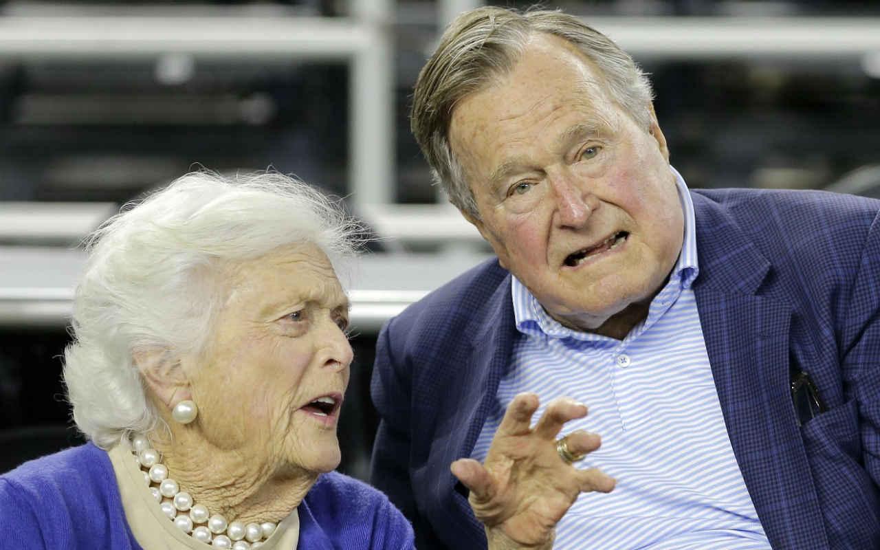 También hospitalizan a Bárbara, esposa del ex presidente George H. W. Bush