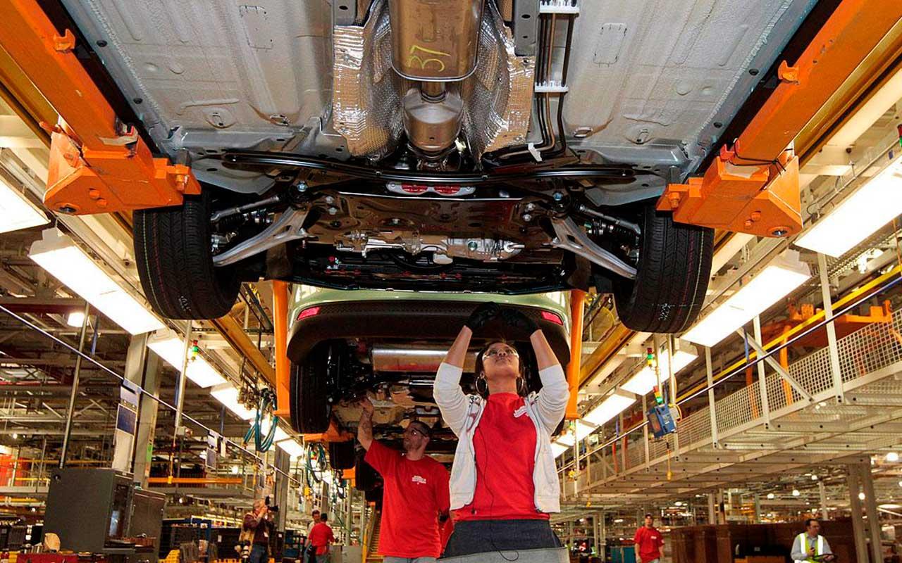 Ahora Chrysler se dice lista para sacar su producción de México