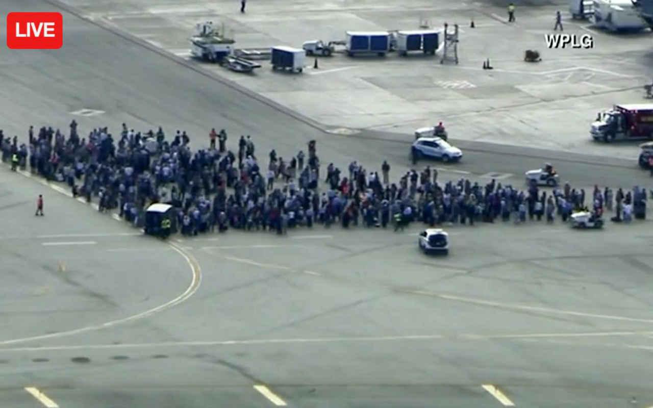 Suman cinco muertos y ocho heridos por tiroteo en aeropuerto de Florida