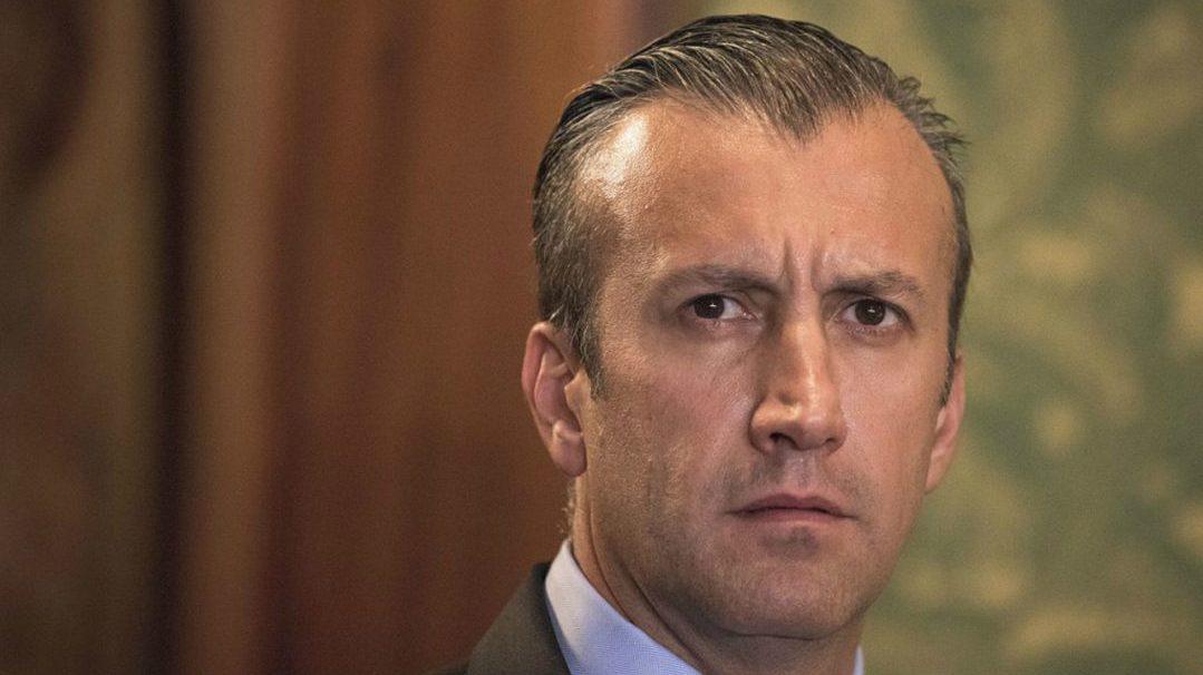 EU presenta cargos contra ministro de Venezuela por violar sanciones