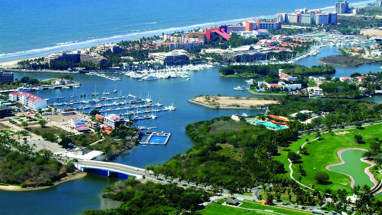 Riviera Nayarit, imán de turistas de EU, Canadá y Australia