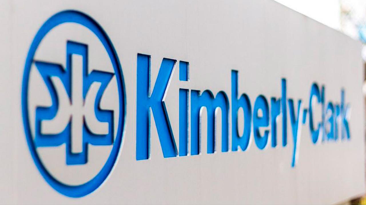 Ganancias de Kimberly-Clark se debilitan en el primer trimestre