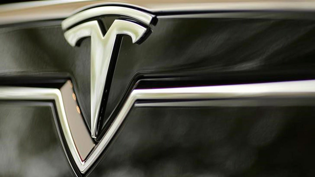 Tesla supera a BMW y ya es la cuarta automotriz más valiosa