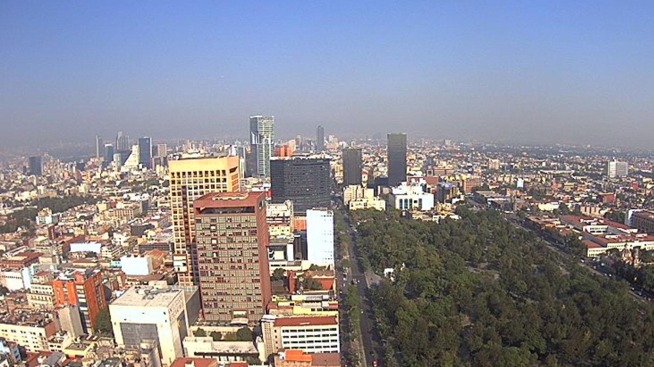 Contaminación persiste; restricciones vehiculares aplican este domingo