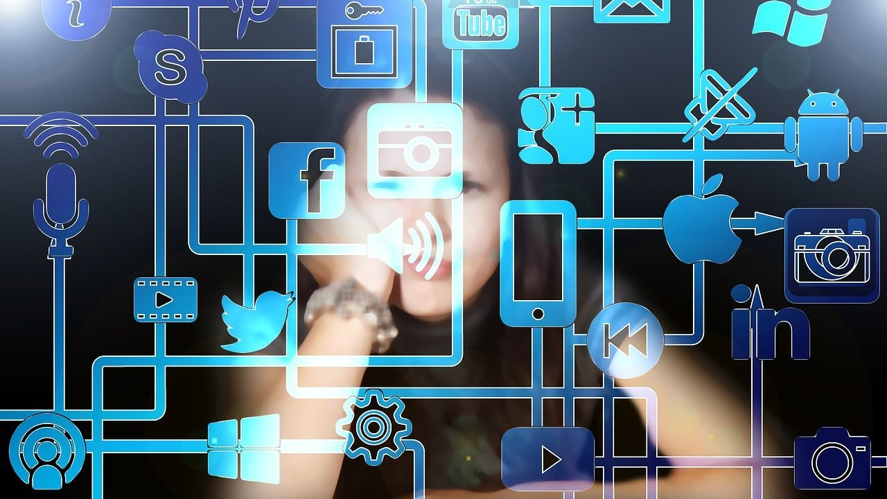 Peña, López y unas redes sociales más humanas