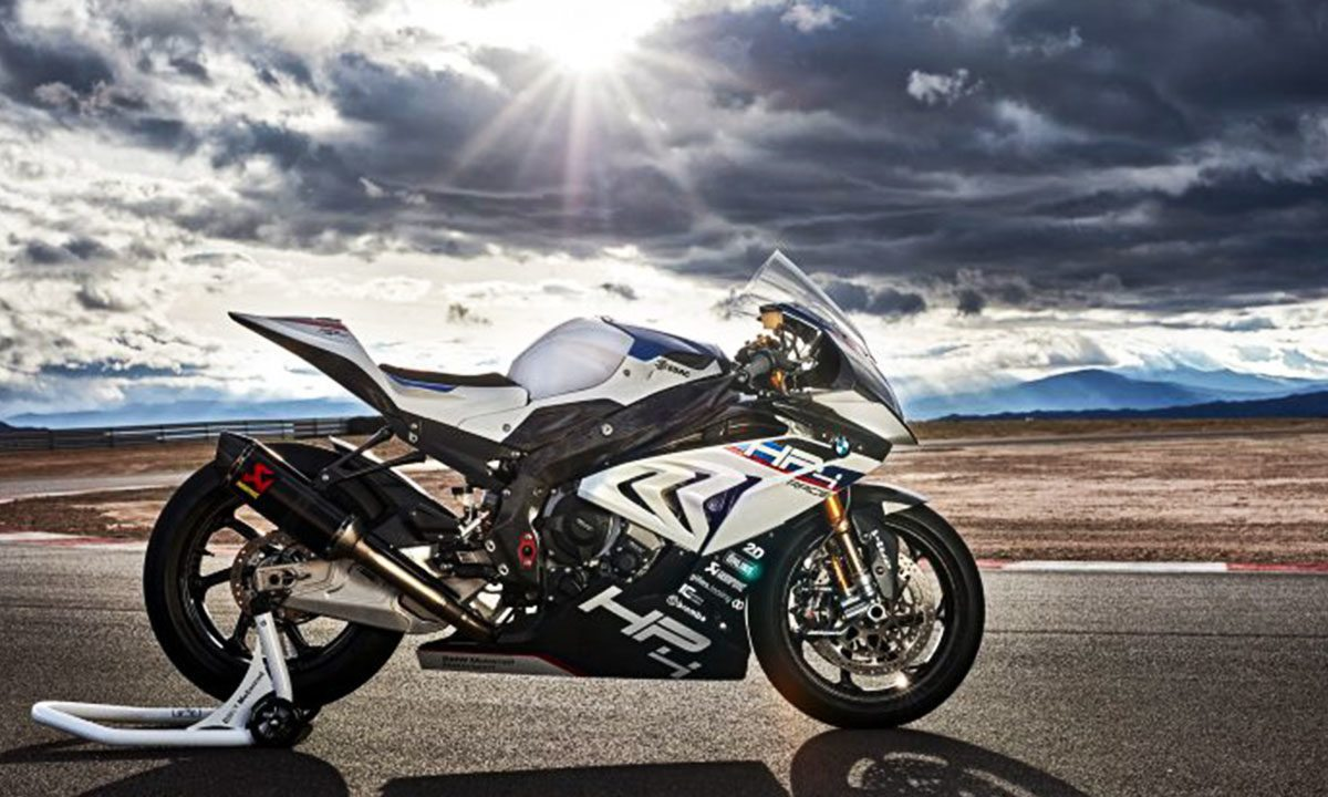 BMW HP4 Race, velocidad en fibra de carbono