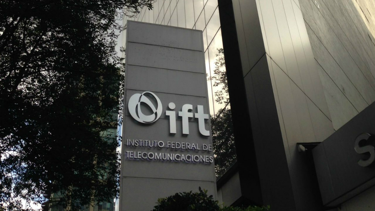 IFT lanza licitación de espectro para servicio móvil por satélite