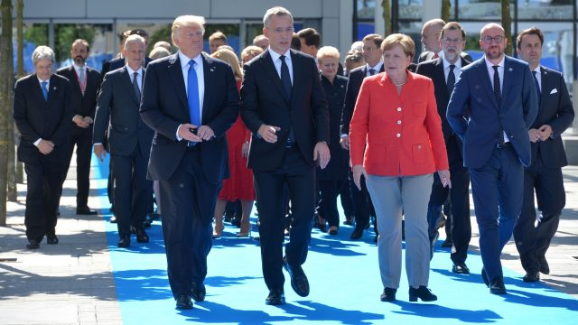 OTAN-Donald Trump-Angela Merkel