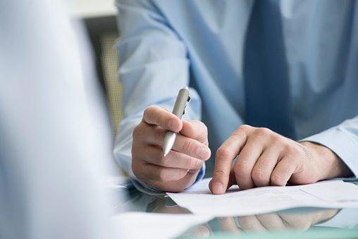 ¿Cómo convertir las ventas a crédito en ventas de contado?