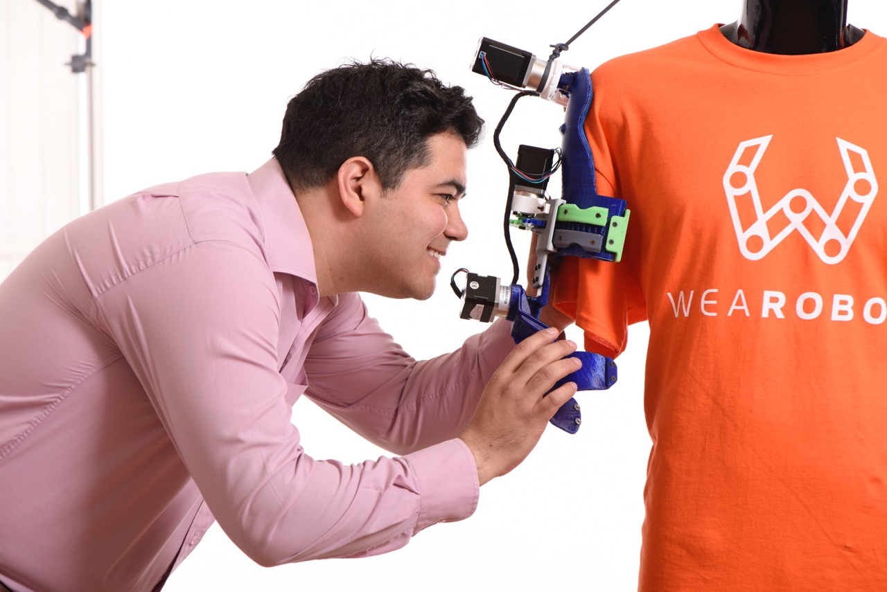 WeaRobot y el mexicano que busca abatir la pérdida de movilidad (Fuente:: forbes.com.mx)