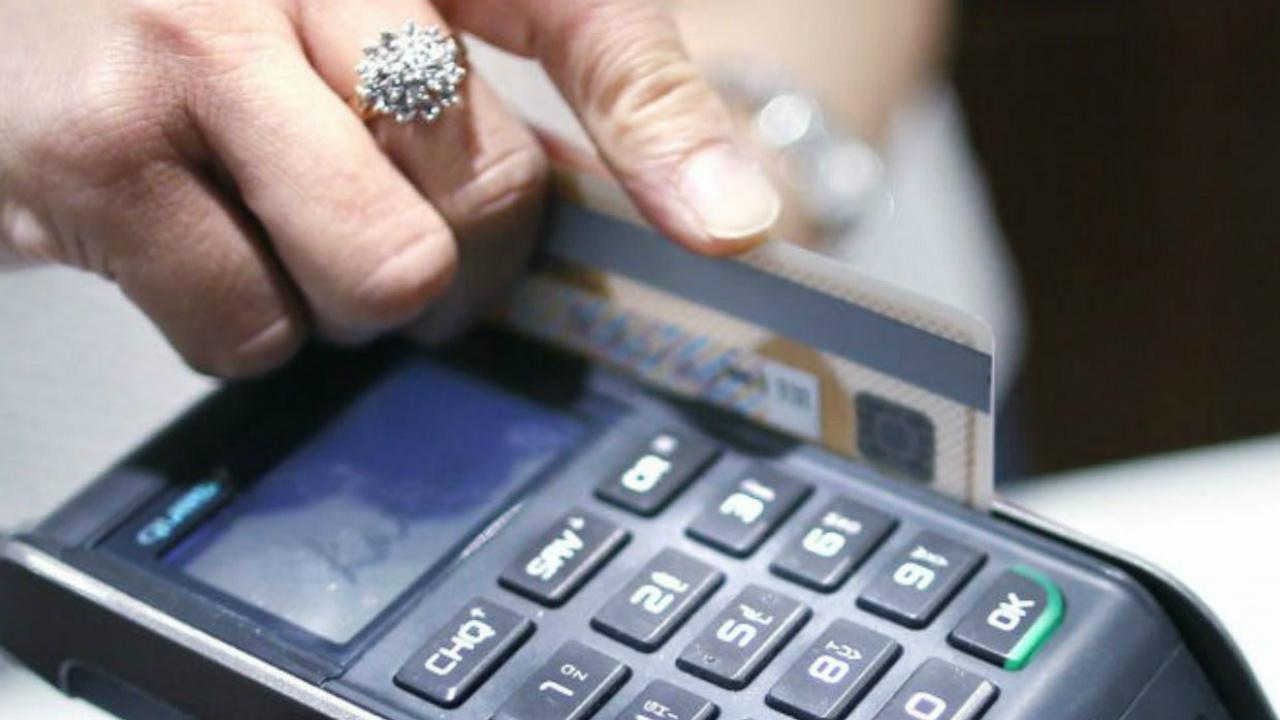 La fortaleza del dólar también golpea tus beneficios con tarjetas de crédito