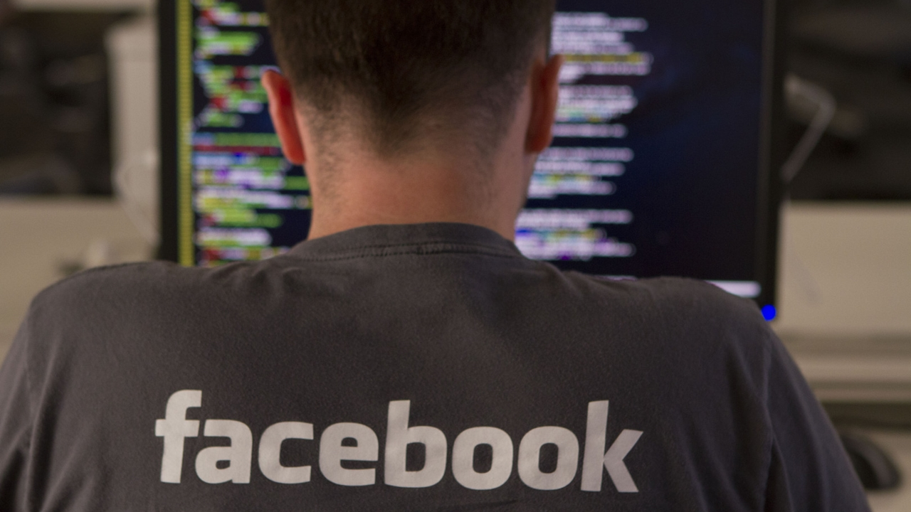 Facebook busca evitar suicidios y violencia en sus videos