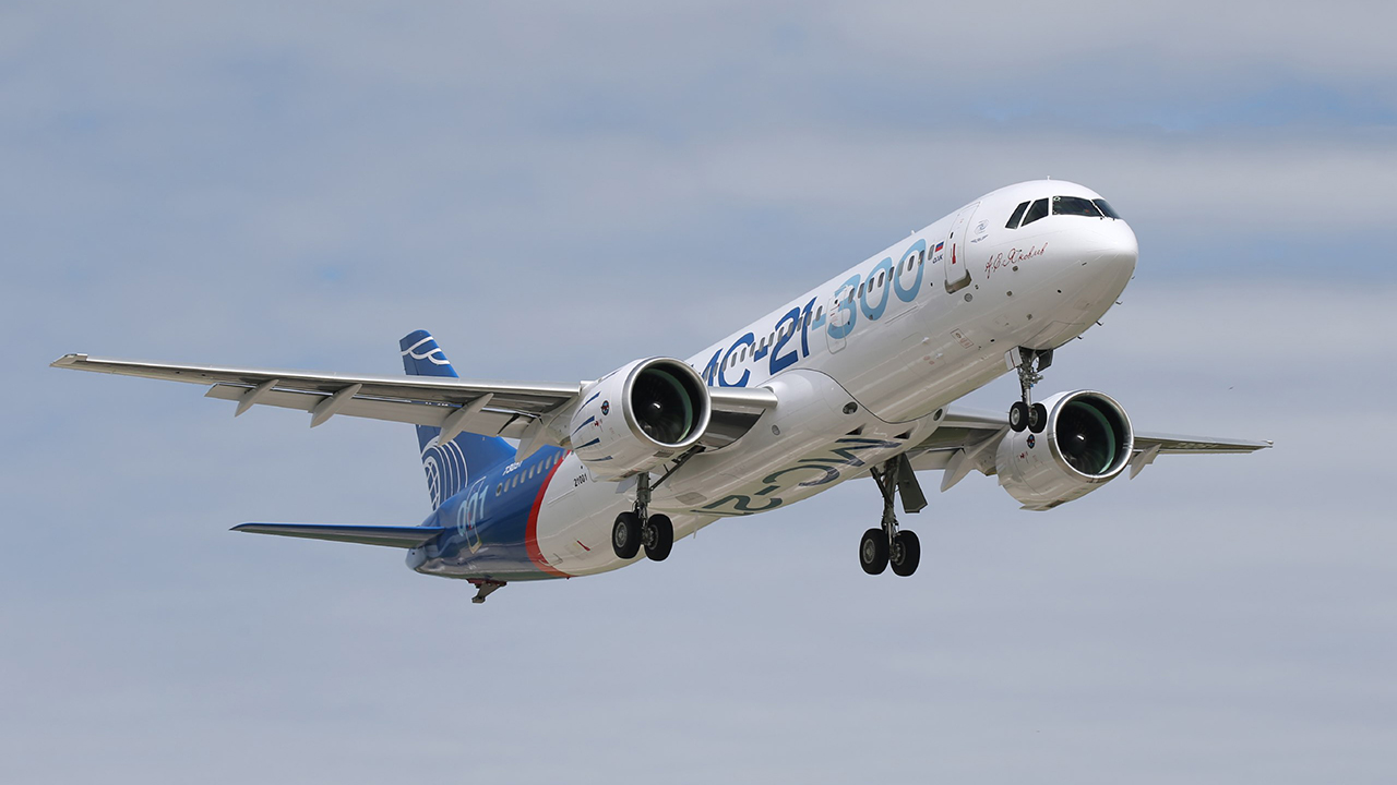 Con este avión Rusia quiere competir con Boeing y Airbus