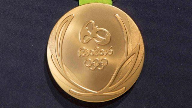 Comité Organizador de Río atribuye al manoseo la oxidación de medallas