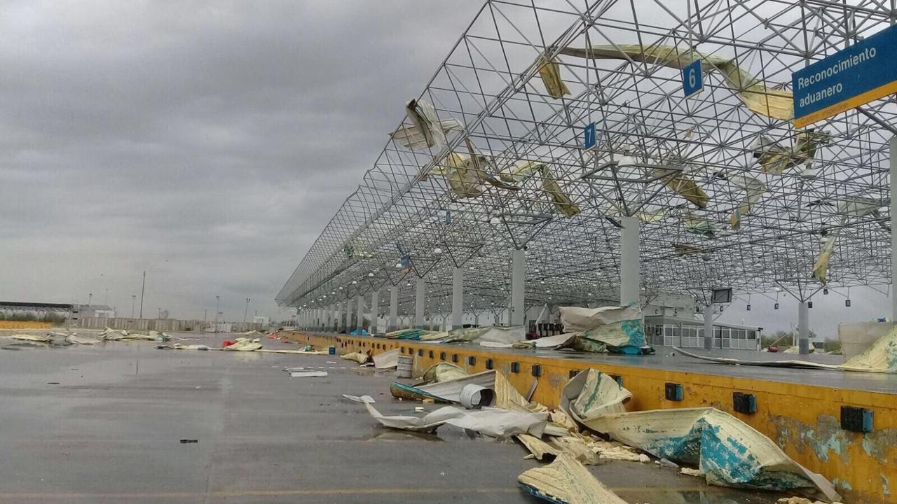 Puente fronterizo de Nuevo Laredo reanuda sus operaciones