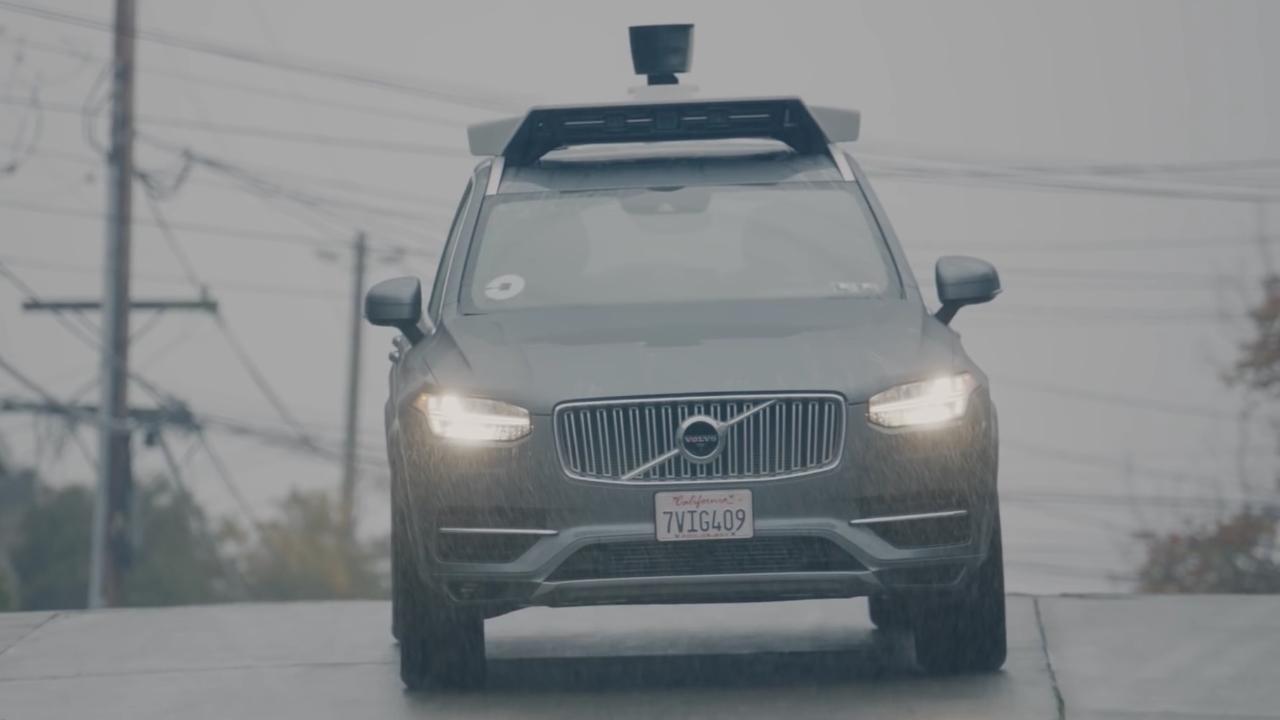 Uber autónomo atropella y mata a un peatón en Arizona