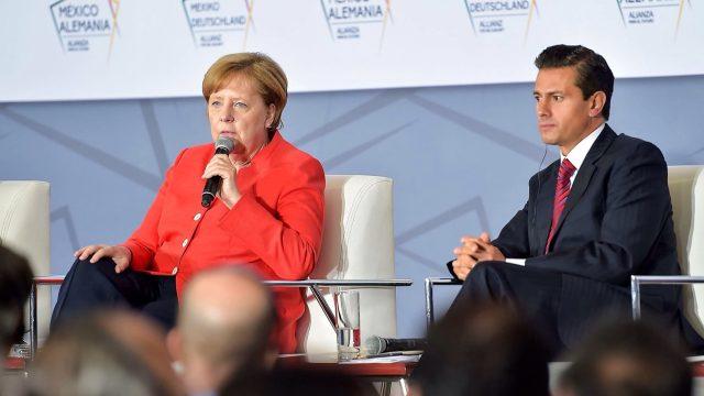 Merkel invita a México a ser creador en la producción digital