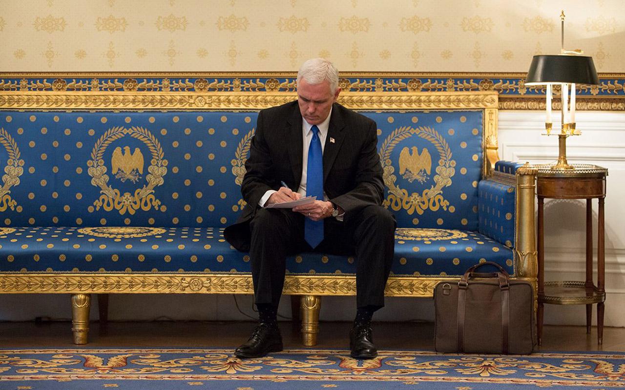 Mike Pence se reunirá con líderes de oposición venezolana en Lima