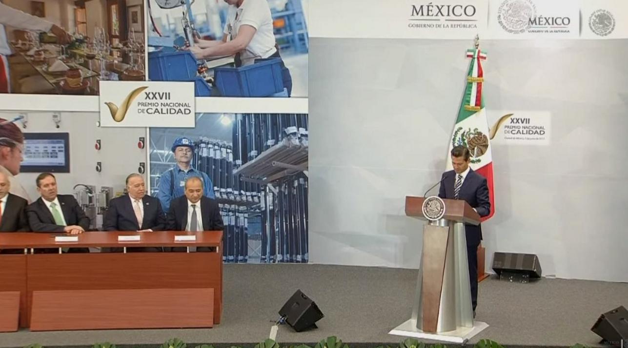 Peña Nieto presume creación de empleos durante mayo