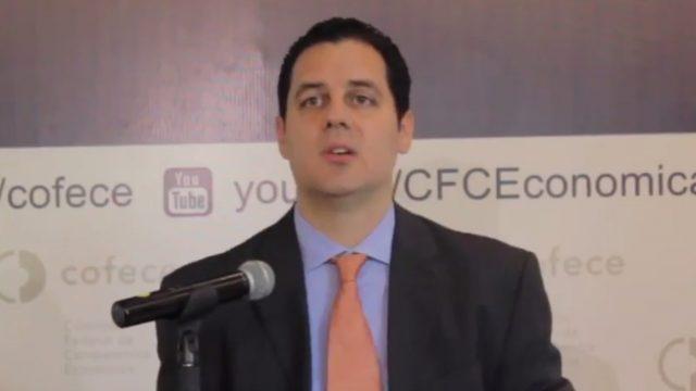 Carlos Mena Cofece