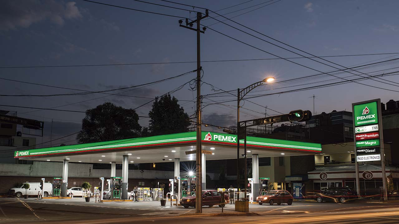 BBVA Bancomer pide atender tema de gasolina para evitar impacto económico