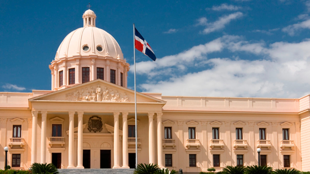 República Dominicana impulsa educación financiera
