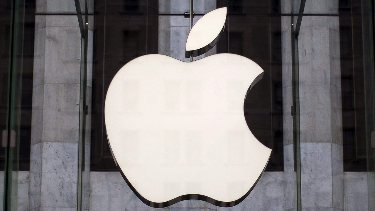 Bruselas irá contra Irlanda por no cobrar multa millonaria a Apple