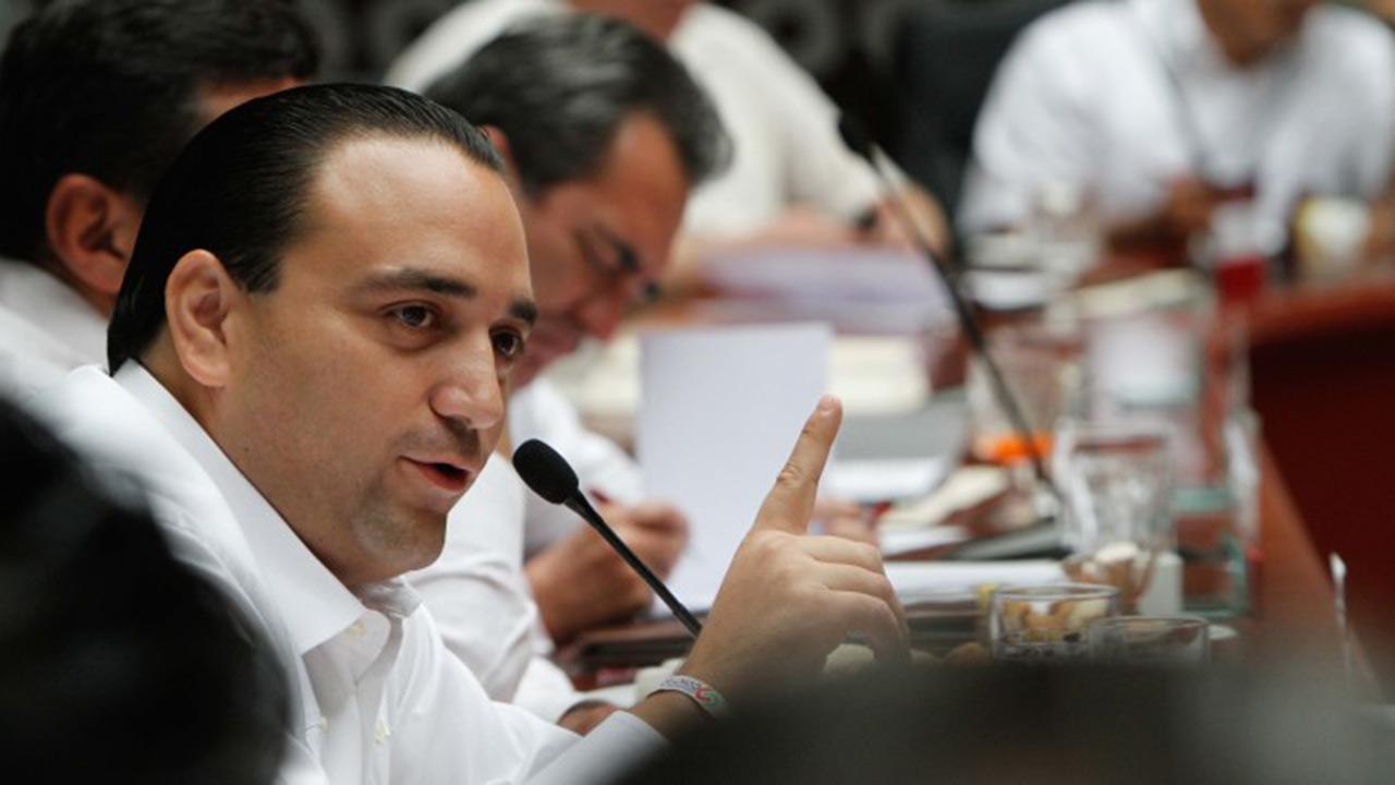 Panamá firma resolución para trasladar a Roberto Borge