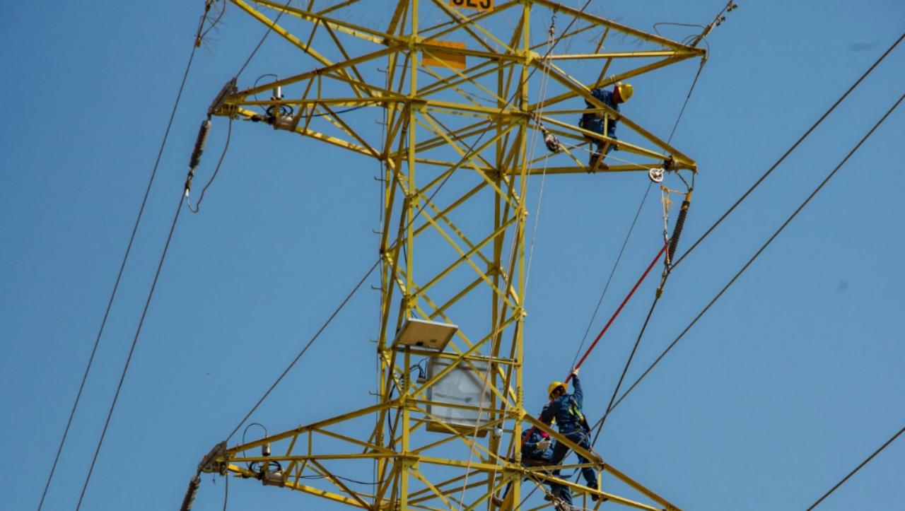 ABB va por las superautopistas eléctricas de México