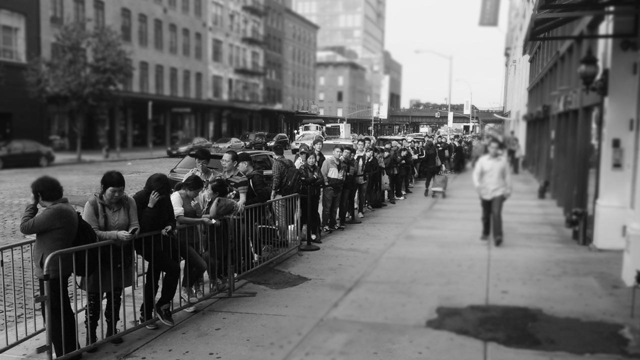 Hacer filas… la tendencia que ha dado mucho de qué hablar
